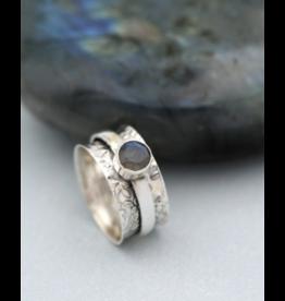 Spinning Floral Labradorite Ring - Size 8