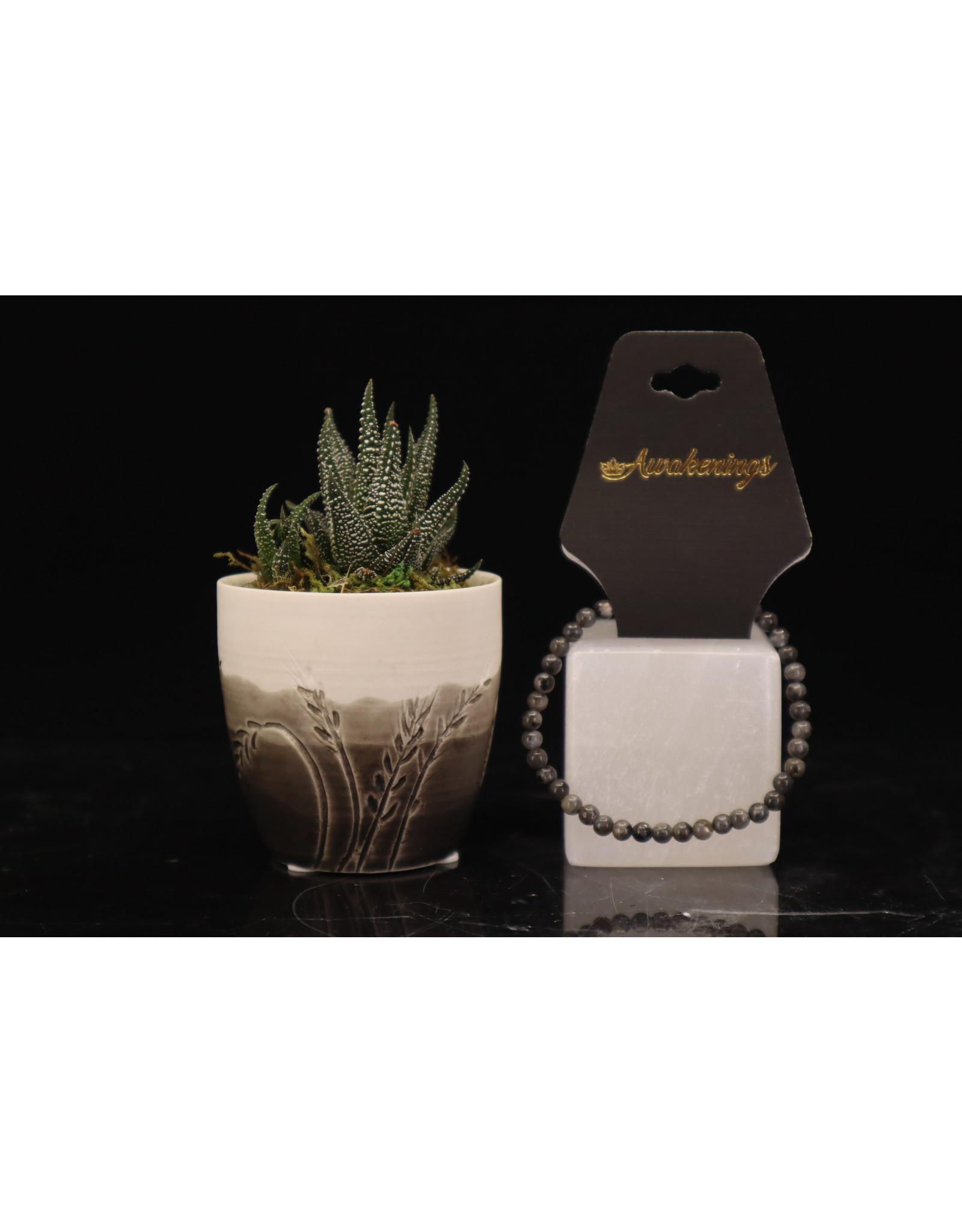 Black Labradorite/Larvakite Bracelet-4mm