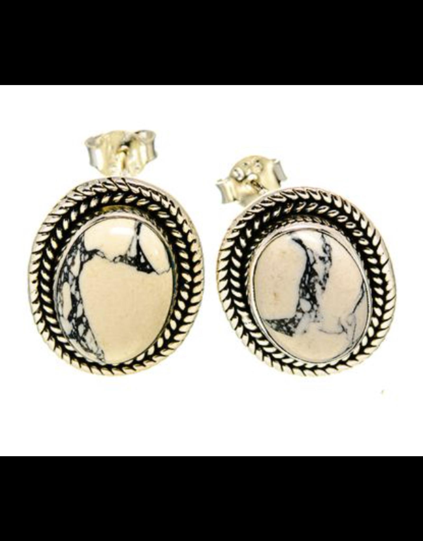 Howlite Earrings - Stud