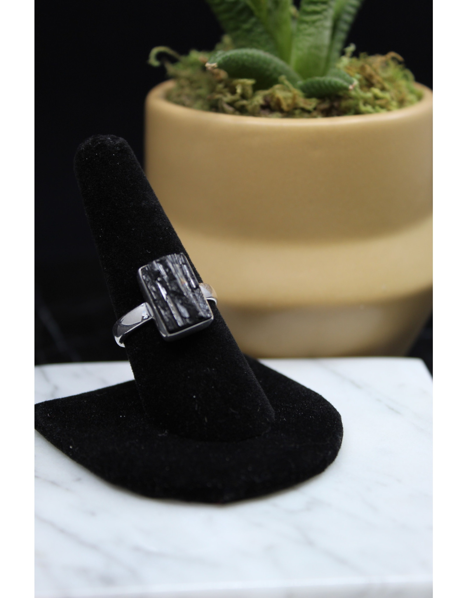 Black Tourmaline Ring - Size 9