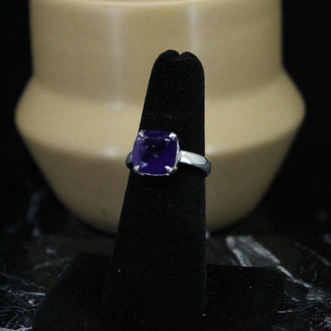 Amethyst Ring - Size 7 - Sterling Silver Square