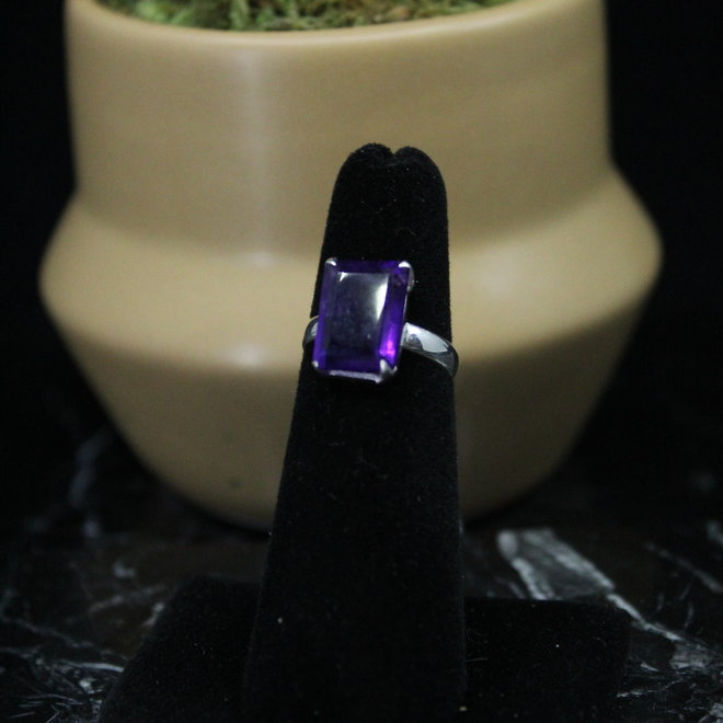 Amethyst Sterling Silver Rectangle Ring - Size 5