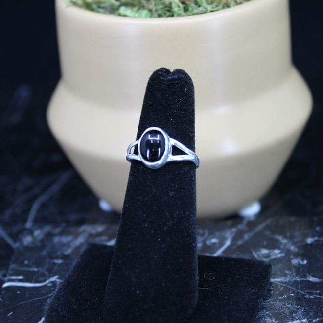 Black Onyx Ring - Size 8 - Sterling Silver Oval
