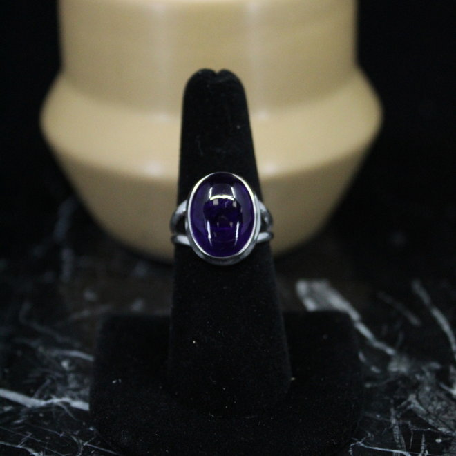 Amethyst Ring - Size 7 - Sterling Silver Oval