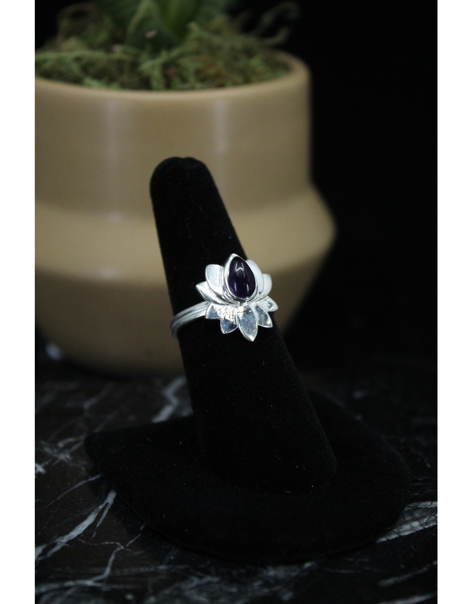 Amethyst Ring (Lotus) - Size 9