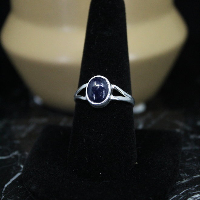 Blue Sapphire Ring - Size 9 - Sterling Silver Oval