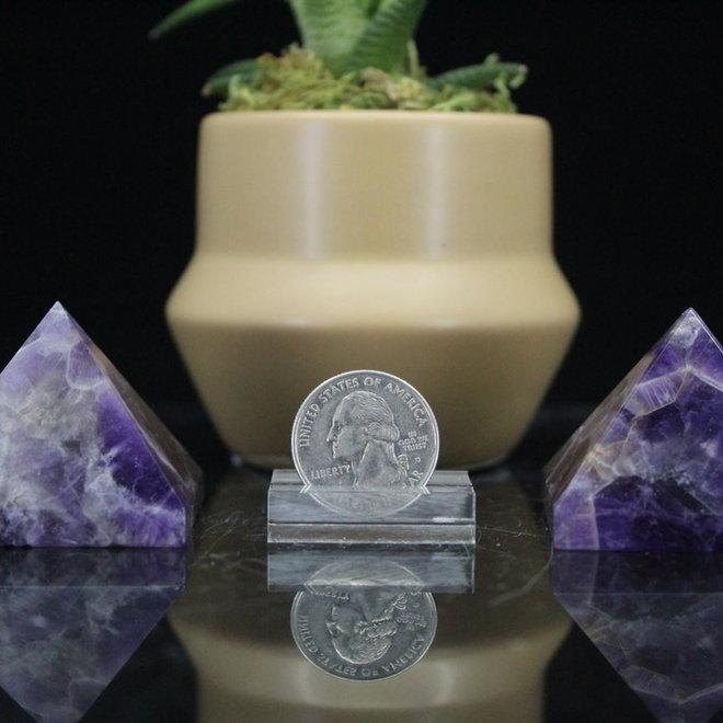 Amethyst Pyramid-Medium (50mm)