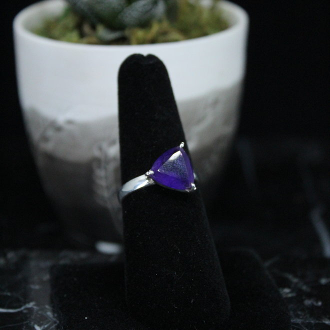 Amethyst Ring - Size 7 - Sterling Silver Triangle
