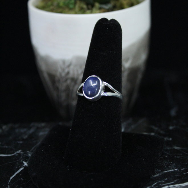 Blue Sapphire Ring - Size 8 - Sterling Silver Oval