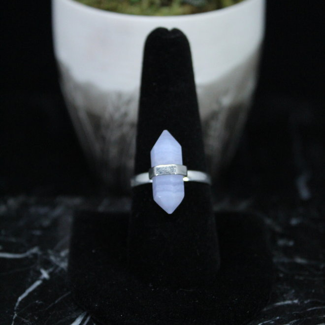 Blue Lace Agate Ring - Size 9 - Sterling Silver Pointed