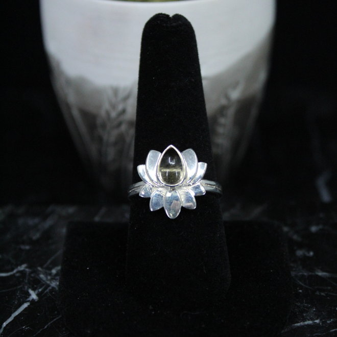 Citrine Ring - Size 6 - Sterling Silver Lotus