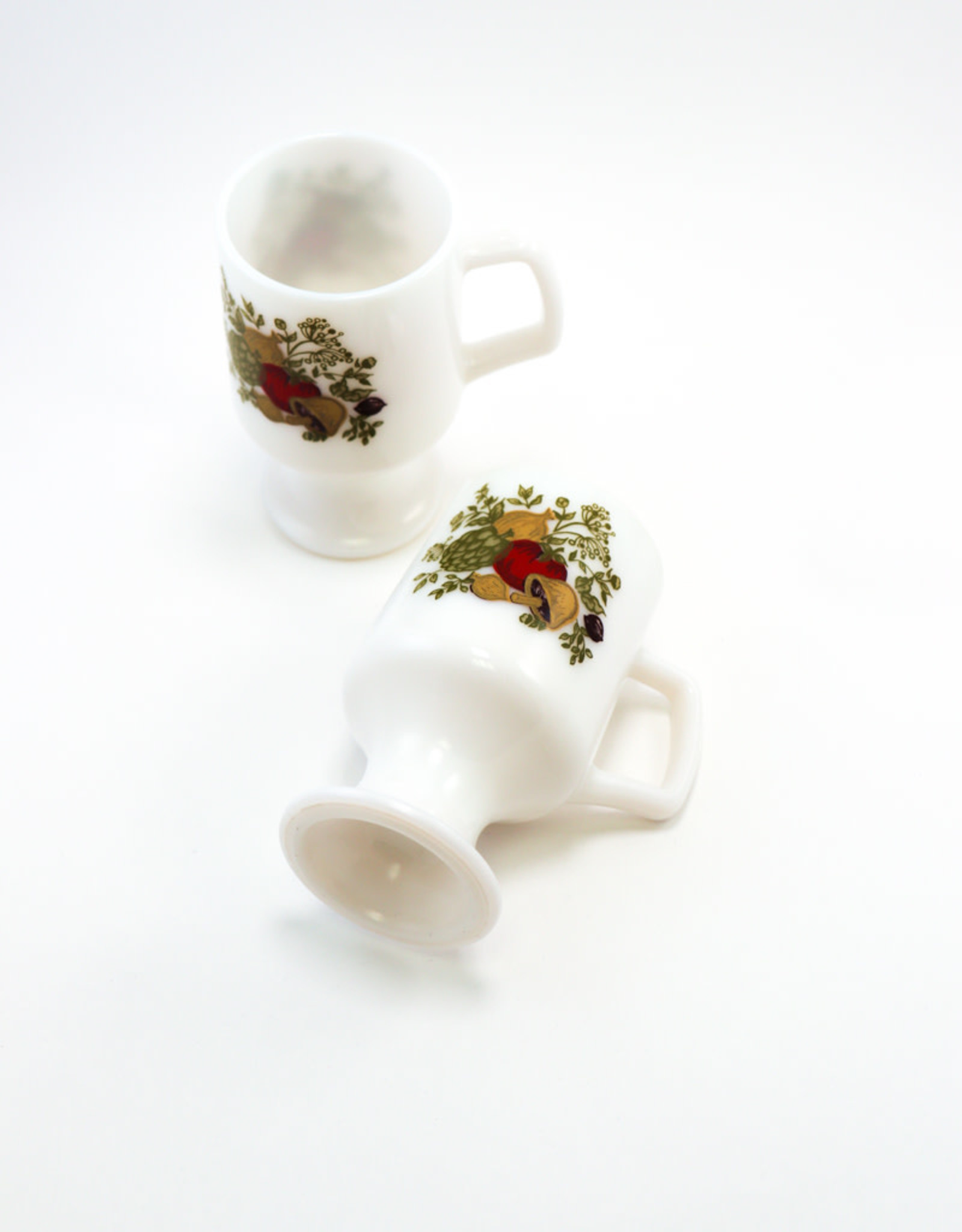Corning Corning 70s Milk Glass Pedestal Mugs/Mushroom Motif, Set