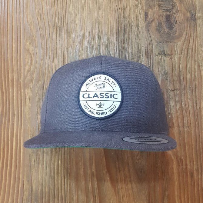 HIPSTER PATCH FLAT BRIM HAT [SOLID]