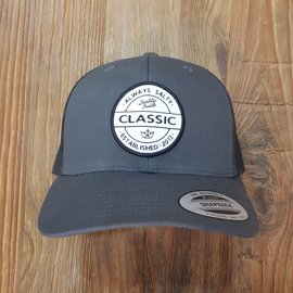 HIPSTER PATCH CURVE BRIM TRUCKER [SOLID]