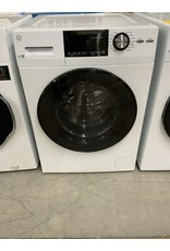 GE GE 2.4 Cu. Ft. Frontload Washer with Steam