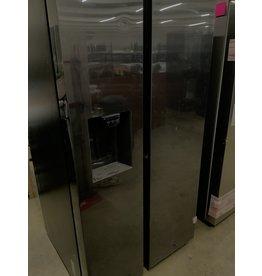 Samsung Samsung - 27.4 Cu. Ft. Side-by-Side Refrigerator - Black stainless steel