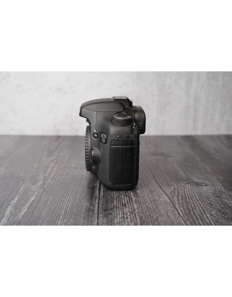 Canon Used Canon 7D Body Only