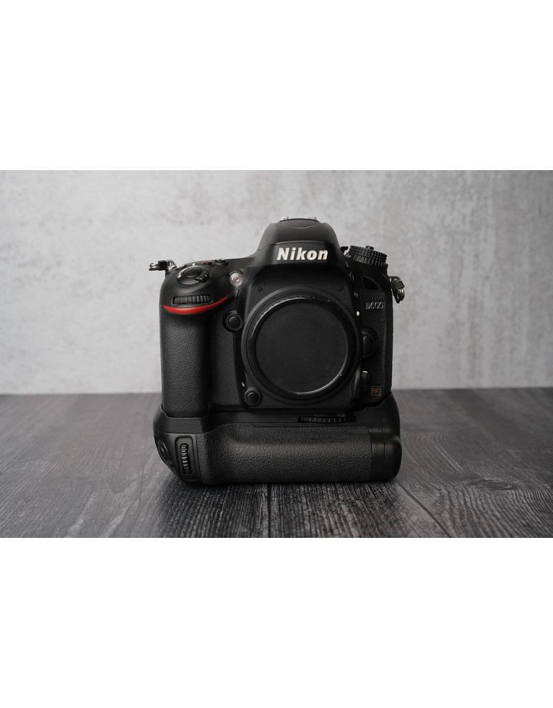 Used Nikon D600 w/ Battery Grip