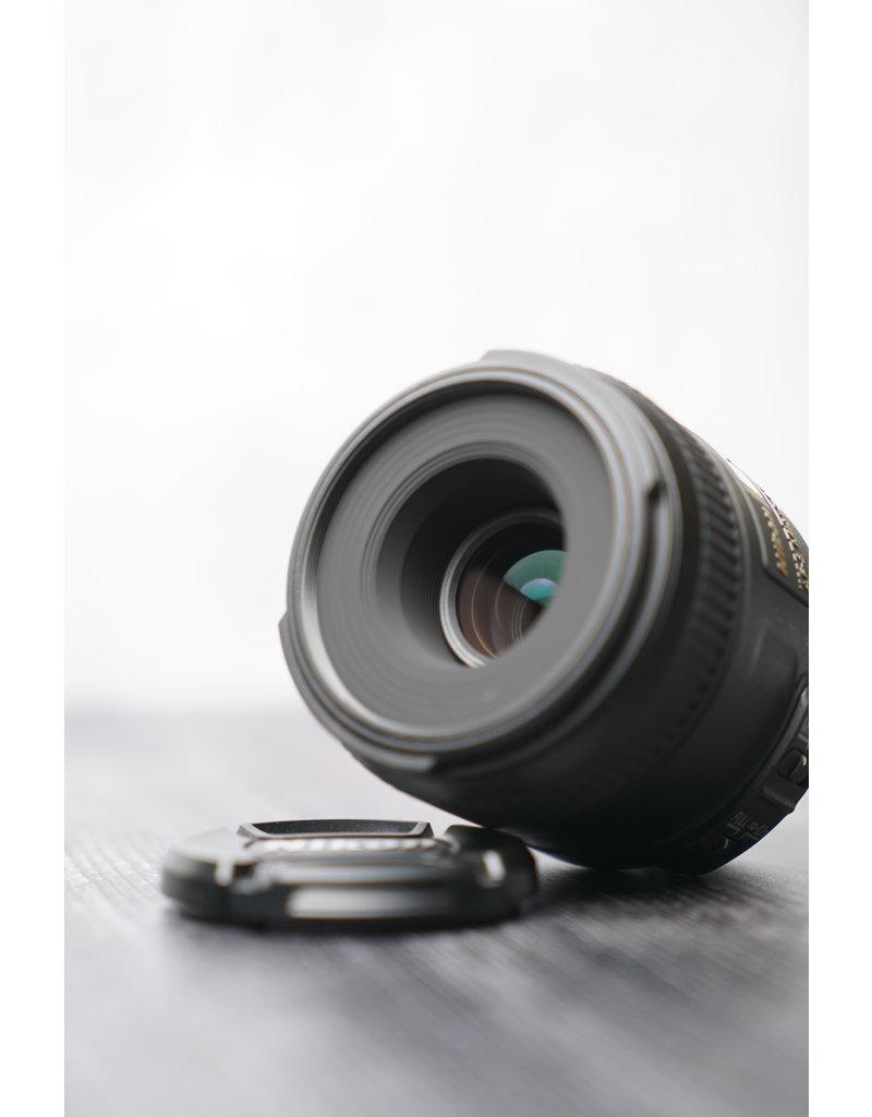 Nikon Used Nikon 40mm F/2.8 G Micro Lens