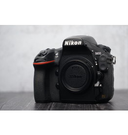 Used Used Nikon D810 Body Only Shutter Count: Under 31,000 Clicks