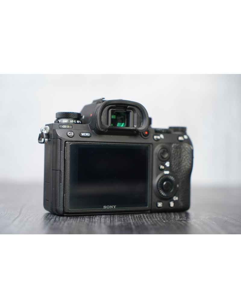 Sony Used Sony a9 Mirrorless Camera (Body Only) Shutter Count >8000