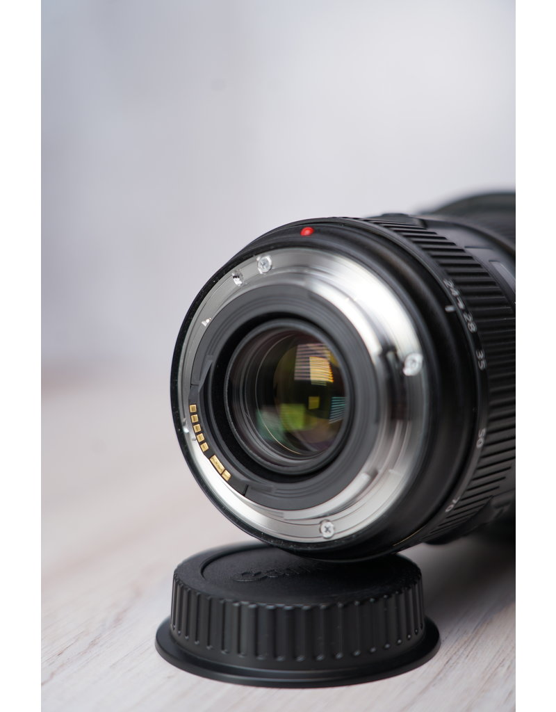 Canon Used Canon EF 24-70mm F/2.8 II IS L