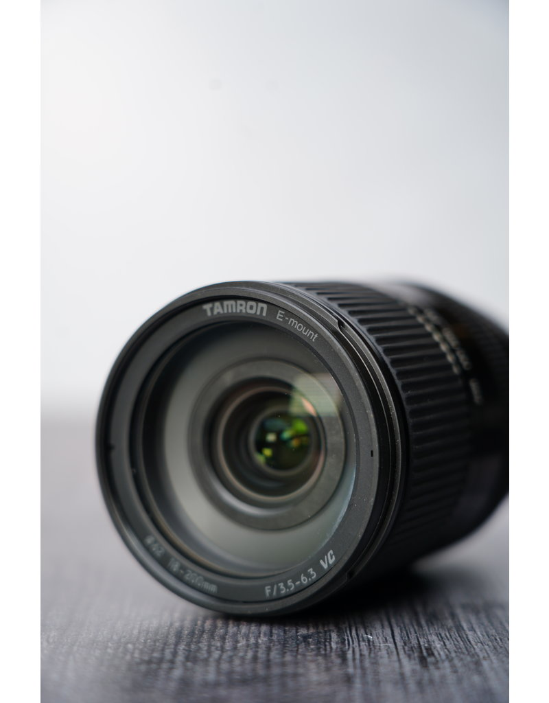 Sony Used Tamron 18-200mm F/3.5-6.3 VC Lens for Sony E