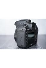 Canon Used Canon 7D Mark II Camera w/ Original Box Shutter Count: 32,000 Clicks