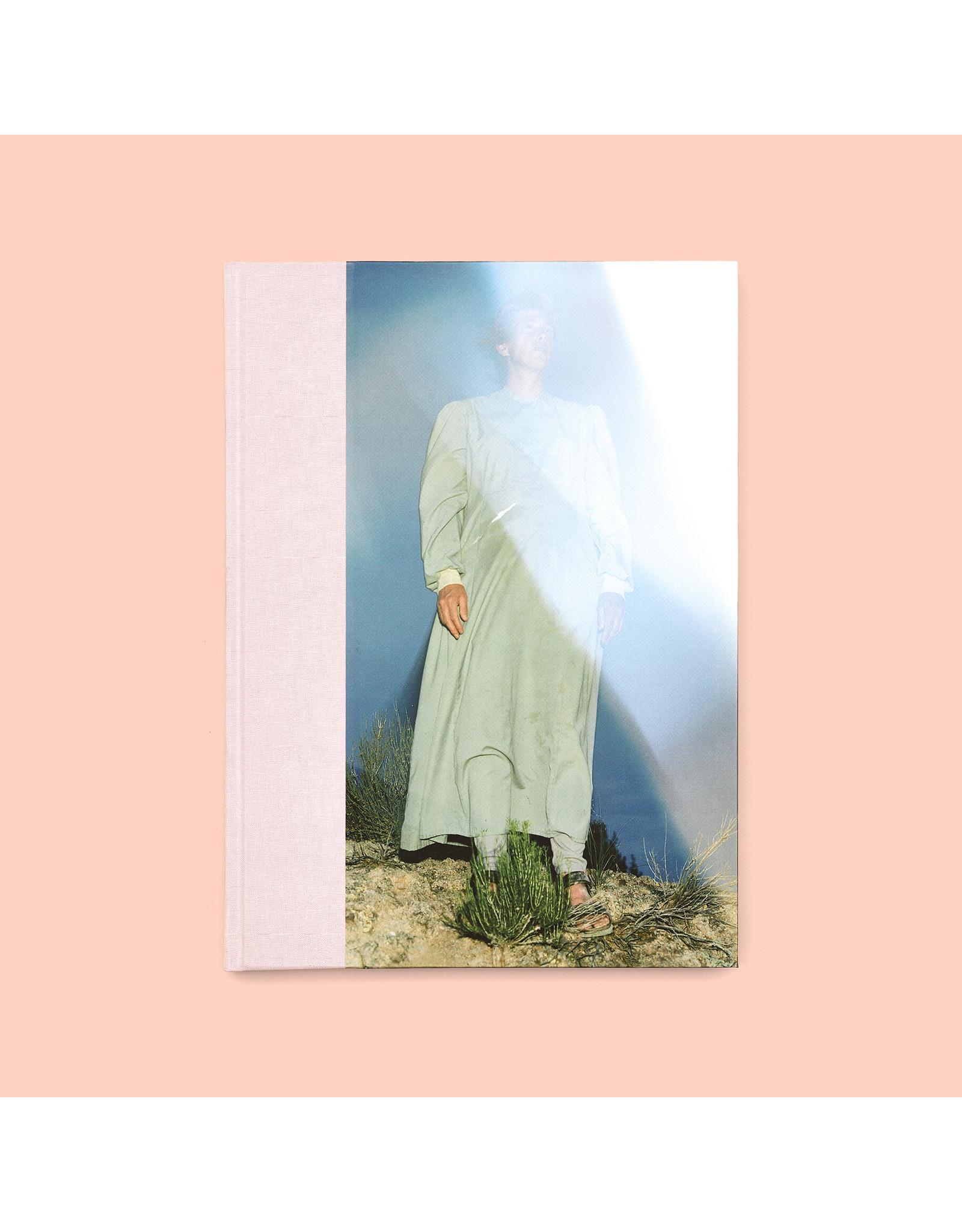 Tanyth Berkeley: The Walking Woman