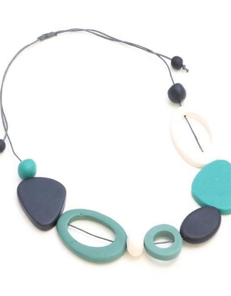 Suzie Blue Blue & Turquoise Resin Necklace