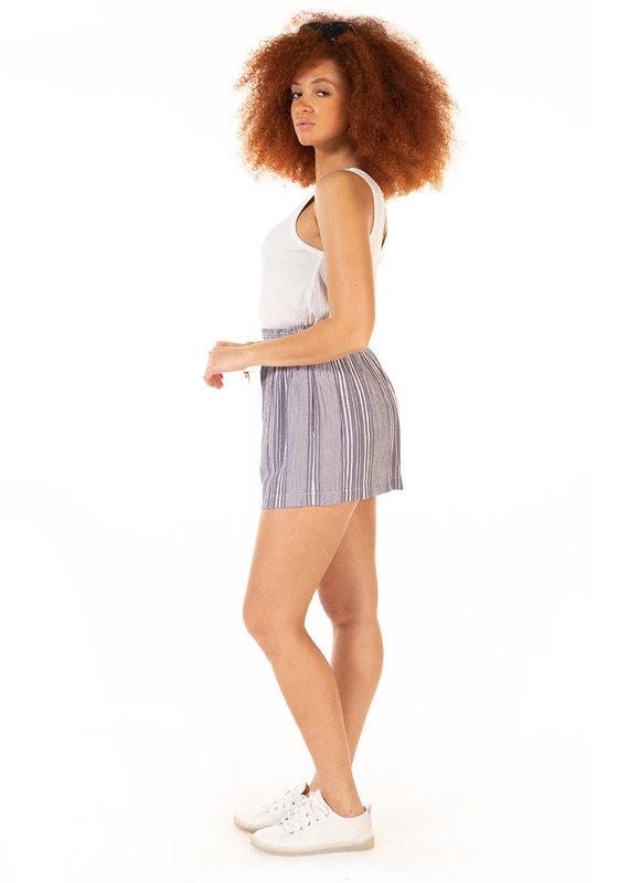 Dex Pull on smocked waist stripe short