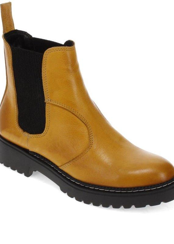 Bueno Dream Boot