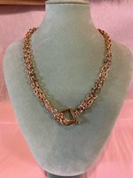 Gold Linked Chunk Necklace