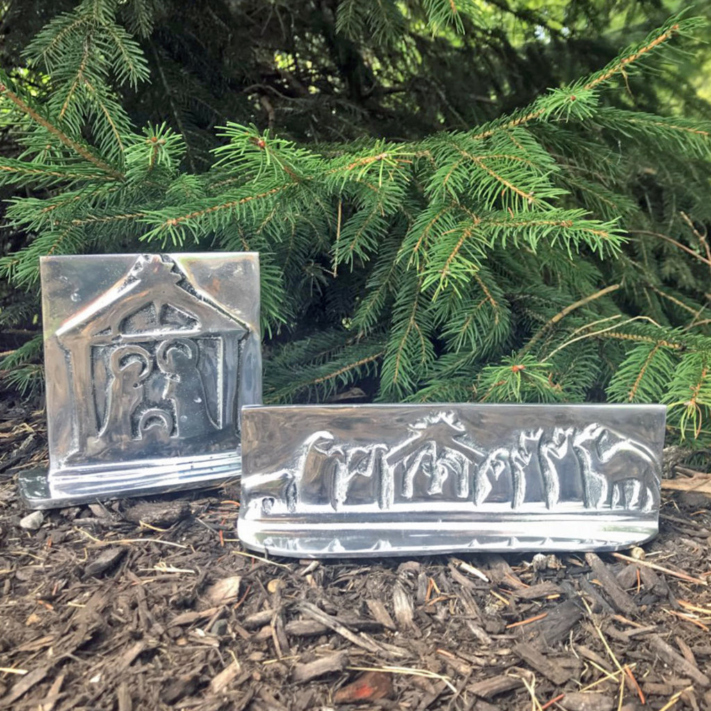Women of the Cloud Forest Aluminum Relief Wide Nativity Scene
