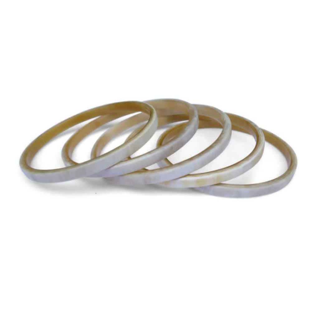 Fair Trade Winds Bedford Large Light Horn Bracelet