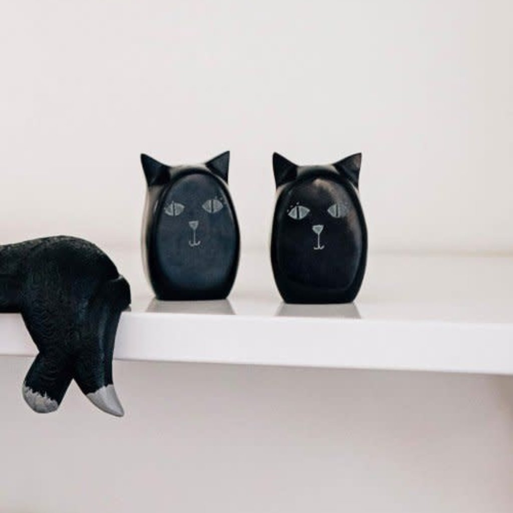 Ten Thousand Villages Black Palewa Stone Cat Shakers