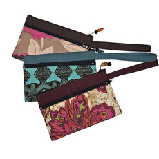 "Creation Hive CLUTCH WITH TWO ZIPPER POCKETS 8""X 5"