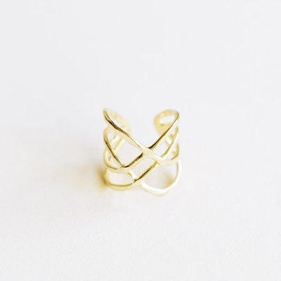 Mata Traders Criss Cross Ring Gold