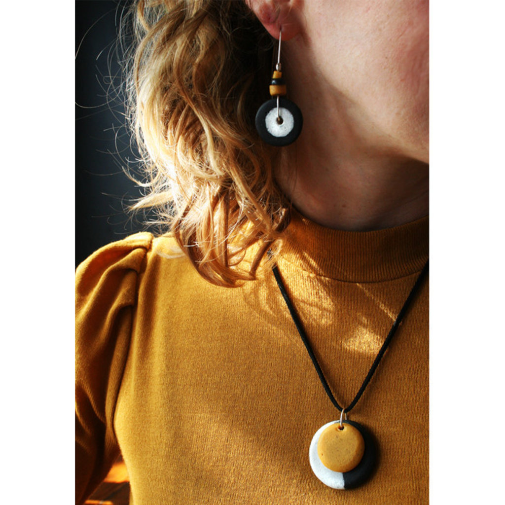 Global Mamas Full Circle Mustard Recycled Glass Necklace
