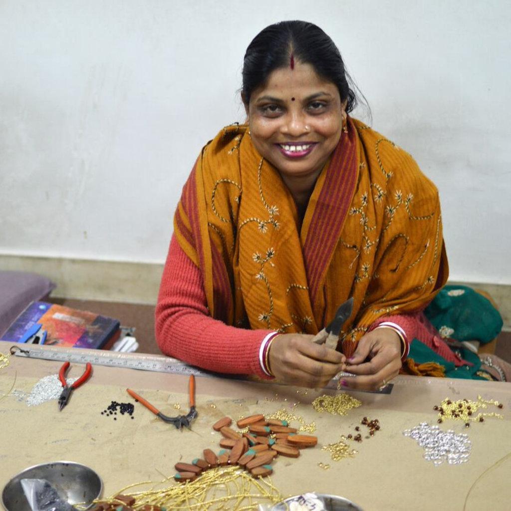 Mata Traders Kinetic Curves Gold Threaded Earrings