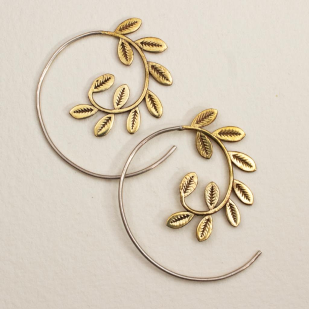 DZI Handmade Laurel Wreath Earrings