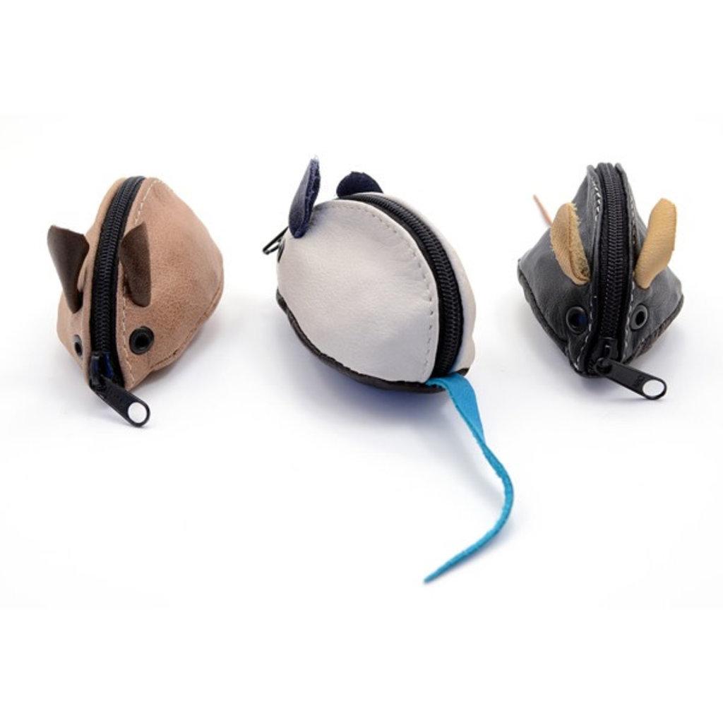 Minga Imports Leather Mouse Coin Purse