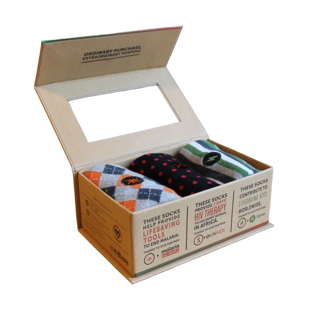 Conscious Step Mens Humanitarian Socks Gift Box Medium