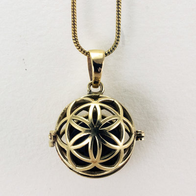 DZI Handmade Seed of Life Diffuser Necklace