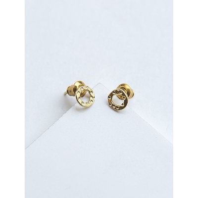 Fair Anita Simple Gold Circle Stud Earrings