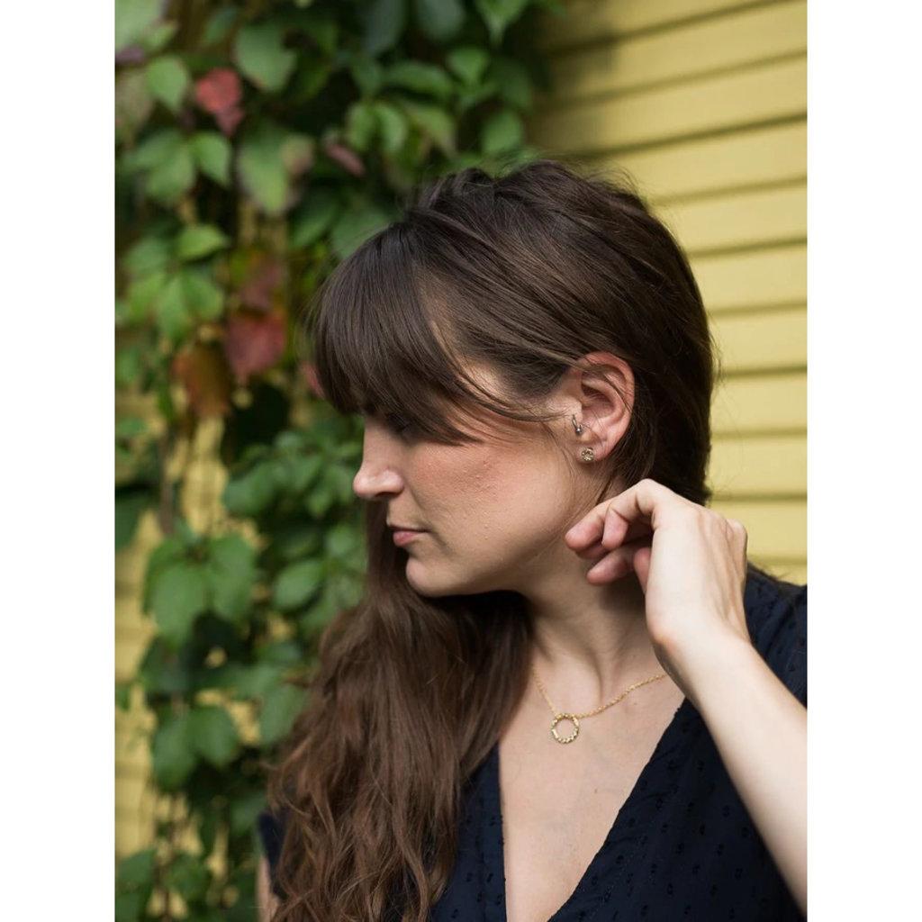 Fair Anita Simple Gold Circle Stud Earrings