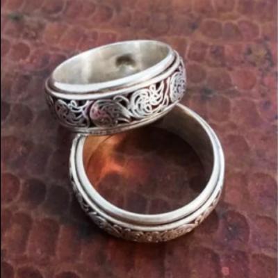 Ganesh Himal Sterling Silver Filigree Spinner Ring