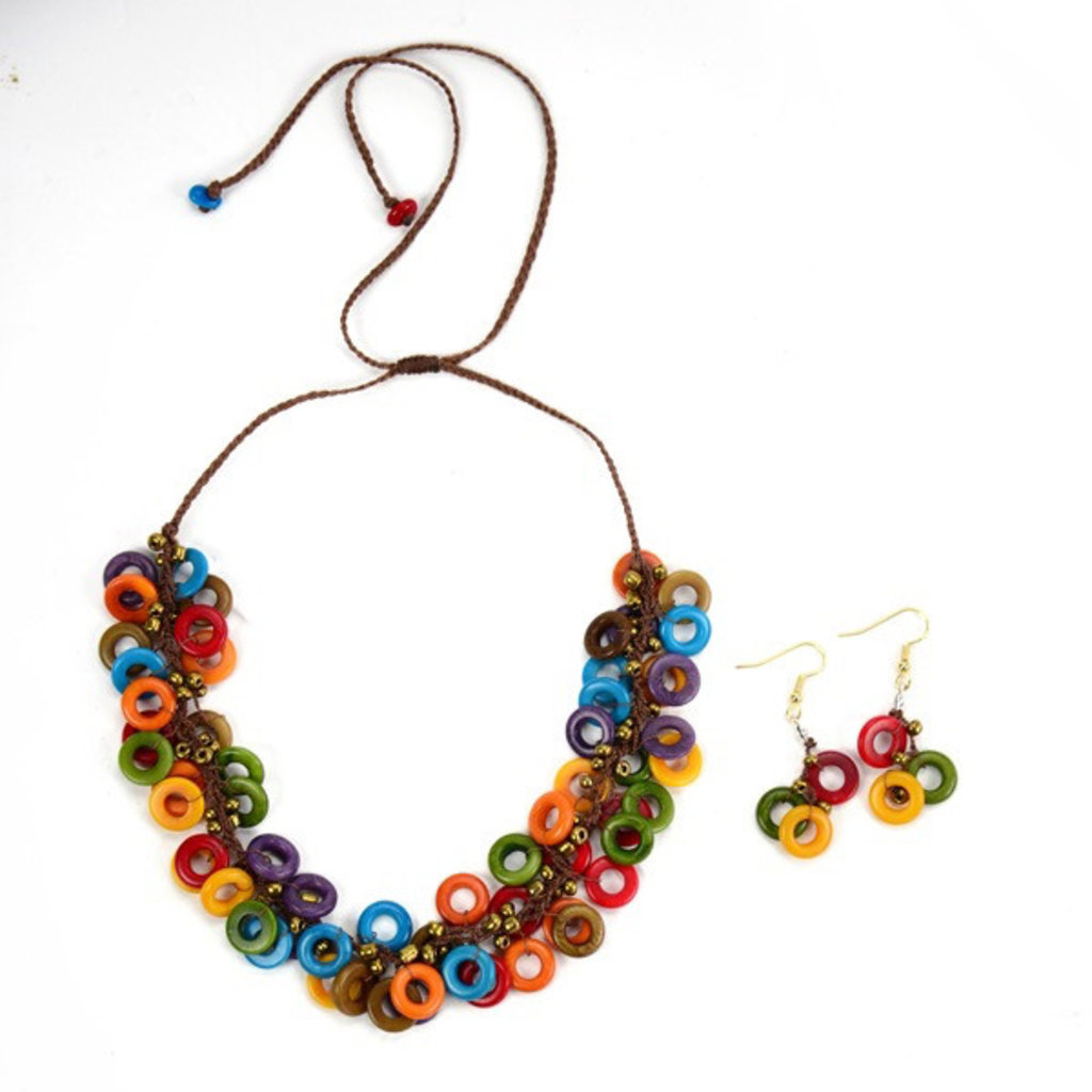 Minga Imports Melody Tagua Nut Necklace and Earrings Set