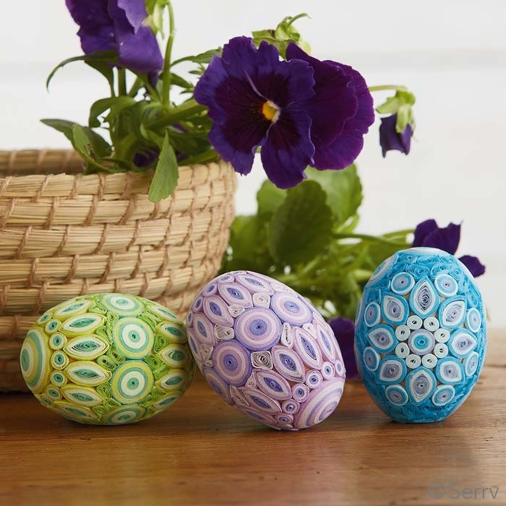 Serrv Quilled Egg in Pastel Colors