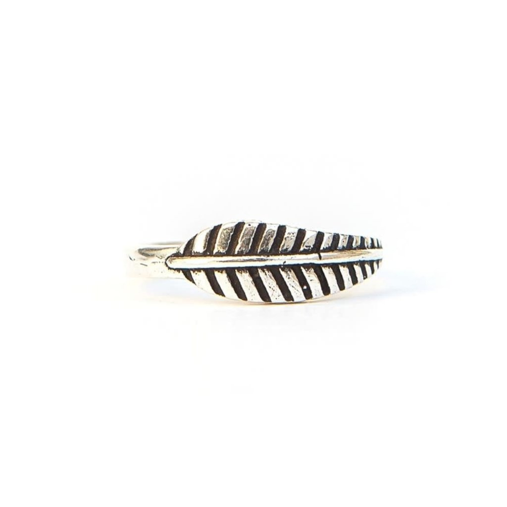 Fair Anita Feather Ring